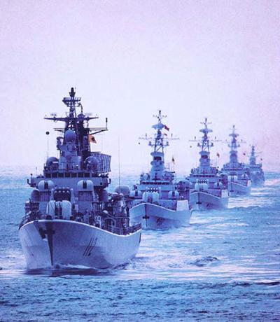 高清图—北海舰队一架水上飞机在青岛胶州湾失事坠海20130530