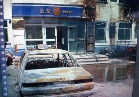 高清图—新疆吐鲁番地区鄯善县鲁克沁镇遭恐怖袭击 多人遇害