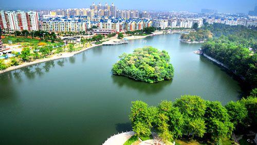 高清图—江西东乡县马圩中学初二女生被男老师多次猥亵后自杀